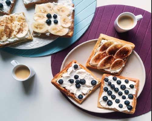 homemade-waffles-with-coffee